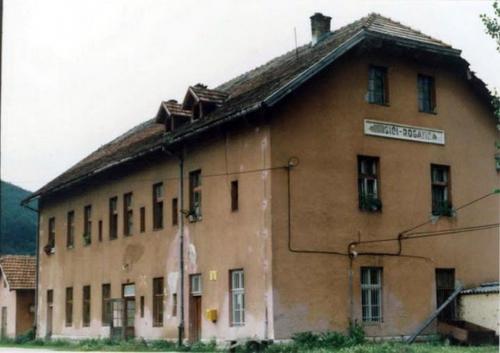 Zeljeznicka stanica Mesici2